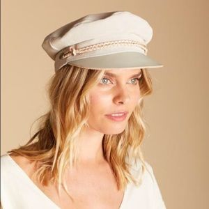 e565fe2c23ccfe Urban Outfitters Accessories - Brixton Kayla Leather Suede Fiddler's Cap